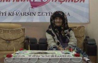 En Yaşlı Kadın Türkiye'den