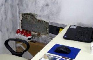 Bilgisayar İçin Duvar Deldi