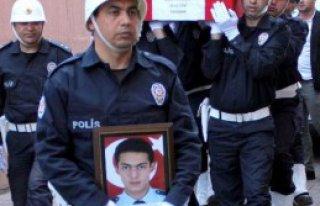 Şehit Polis'e Kayseri'de Tören