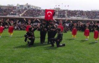 Ege'de Çocuklar Bayramlarını Kutladı