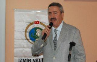 İzmir valisi Cahit Kıraç, kardeşine hayat verdi