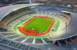 Olimpiyat Stadı'nın Zemini Elden Geçirilecek