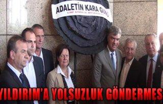 CHP'den Siyah Çelenk Eylemi!