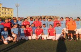 Futbolun Ustaları Iğdır'da Gençlerle