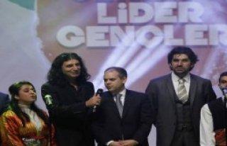Gençler Murat Kekilli Konseri İle Coştu