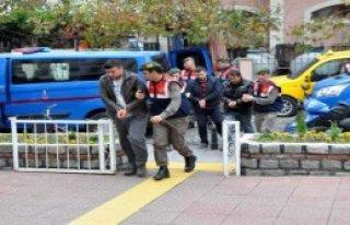 Göçmen Kaçakçılığı Operasyonuna 7 Tutuklama