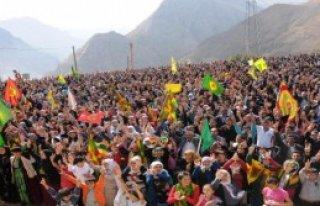 15 Bin Kişi İşid'i Protesto İçin Yürüdü
