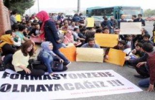 Harran Üniversitesi'nde  Eylem