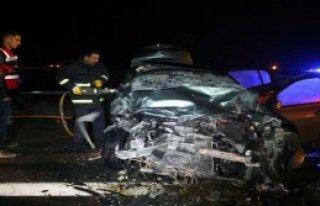 İki Feci Kaza: 5 Ölü, 3 Yaralı