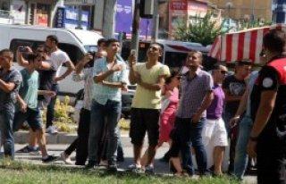 İntihara Kalkışan Simitçiye 'Atla' Diye Bağırdılar