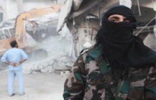 IŞİD 4 Esad Askerini İnfaz Etti