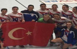 İzmir Büyükşehir Belediyespor Son 16'da