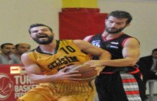İzmir Gelişim Koleji Socarspor'a Yenildi