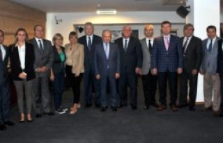 İzmir'deki Meslek Odalarından 'birlik' Çağrısı