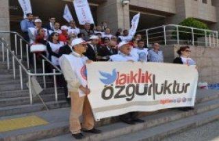 İzmir'den Kahraman Hakkında Suç Duyurusu