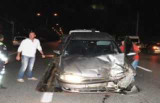 İzmit'te Kaza: 5 Yaralı