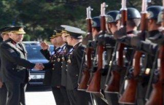 Jandarma Havacılık Komutanlığı İlk Mezunlarını...