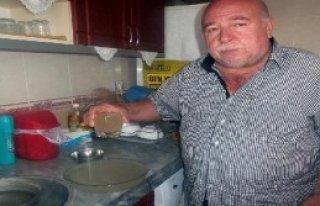 Kahta'da Musluklardan Çamurlu Su Aktı