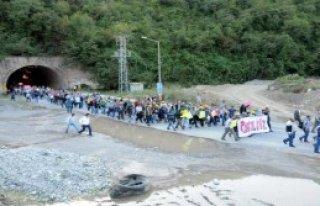 Madenciler Ereğli'den Zonguldak'a Yürüyor