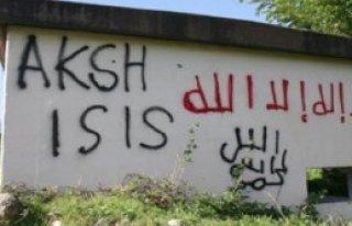Manastır Duvarına 'IŞİD' Yazısı