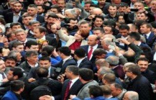 Akşener'e Tokat'ta Coşkulu Karşılama