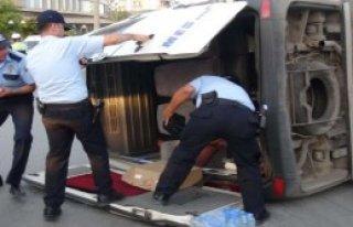 Mersin'de Kaza: 2'si Ağır 10 Yaralı