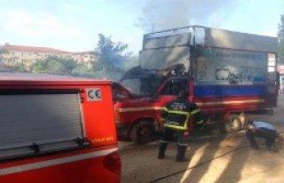 Milas'ta Atık Toplama Aracı Yandı