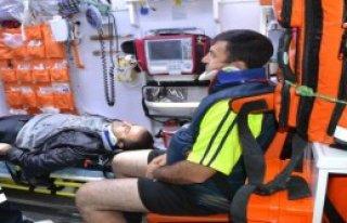 Minibüsle Otomobil Çarpıştı: 4 Yaralı