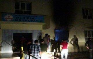Nusaybin'de Okula Molotoflu Saldırı