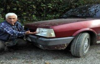 Otomobilin Önüne Çıkan Ayı Korkuttu