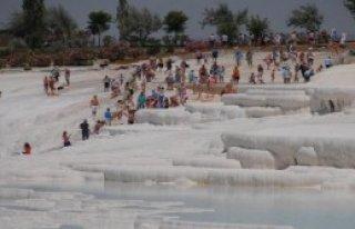 Pamukkale, Ziyaretçi Sayısında Zirvede