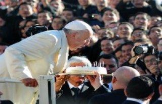 Papa Terör Saldırılarını Kınadı