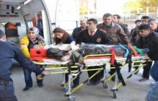 Siirt'te Ekip Aracı Takla Attı
