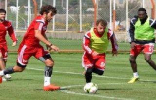 Sivasspor'da Hırslı Antrenman