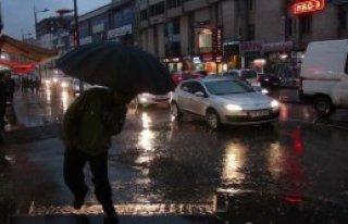 Sivas'ta Yağış Hayatı Olumsuz Etkiledi