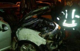 Siverek'te Otomobili Kundaklandı