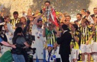 TFF: Şampiyon Fenerbahçe !
