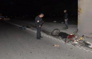 TIR'ın Çarptığı Motosikletin Sürücüsü Öldü