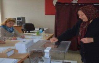 Trakya'da Soydaşlar Sandığa Gitti
