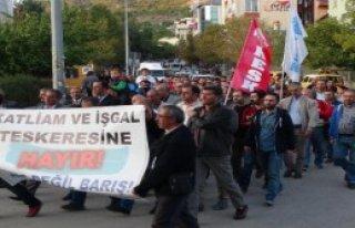 Tunceli'de Tezkere Protestosu