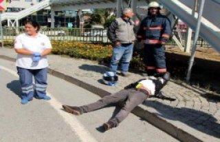 U Dönüşü Kazası: 2 Motosiklet Sürücüsü Yaralı