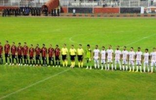 Van Büyükşehir Belediyespor 0 - 2 Orhangazispor