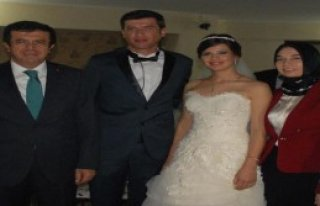 Zeybekci Ailesi'nin Mutlu Günü