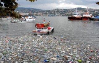 Zonguldak Limanı Çöplük Gibi