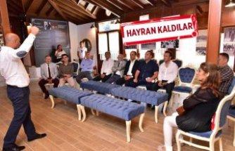 Makedonya'dan gelip Ata Anı Evi'ni ziyaret ettiler