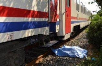 Salihli'de acı son: Trenin önüne atladı