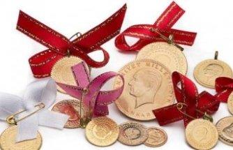 Altın fiyatlarında son durum: Çeyrek ve gram altın fiyatı arttı mı?