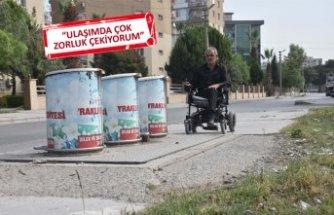 Engellilere çöp tankı engeli
