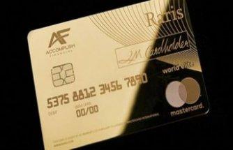 İngiltere'de saf altından banka kartı üretildi