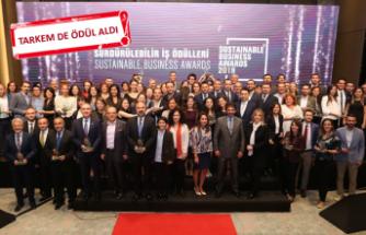 İzmir Büyükşehir Belediyesi'ne iki kategoride büyük ödül